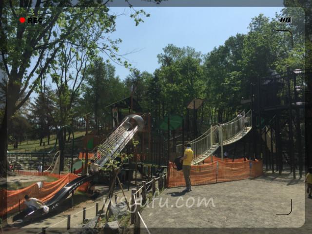 月寒公園「森の遊び場」人気遊具第3位:コンビネーションアスレチック遊具!