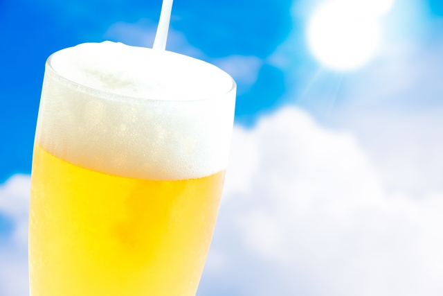 缶ビールを美味しく飲む方法と注ぎ方