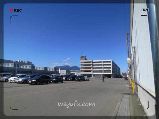 札幌競馬場駐車場