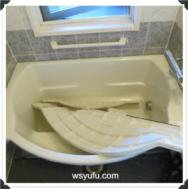 お風呂エプロン掃除カビ