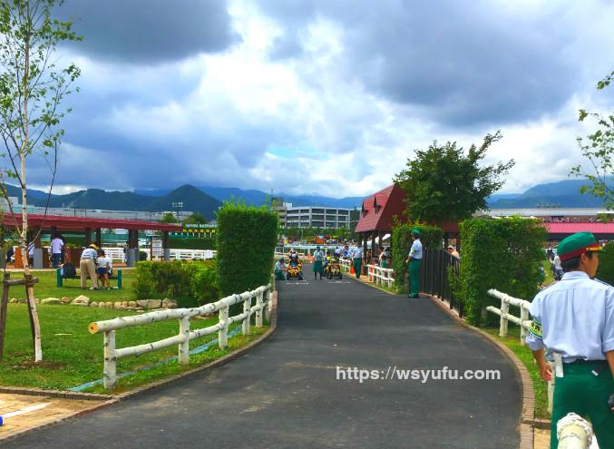 札幌競馬場 ターフパーク 電動バギーサーキット 子供 遊び場