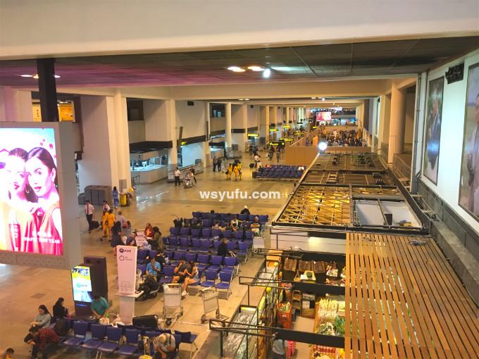 タイバンコク家族旅行 ドンムアン空港 出発フロア
