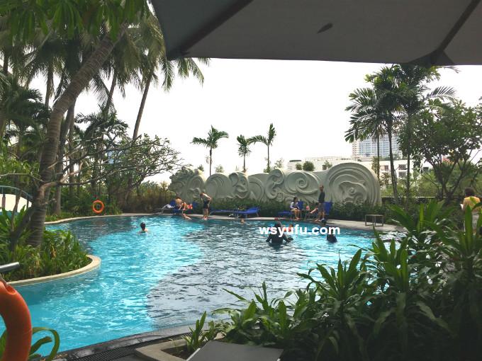 タイバンコク家族旅行 子連れ ホテル 屋外リゾートプール