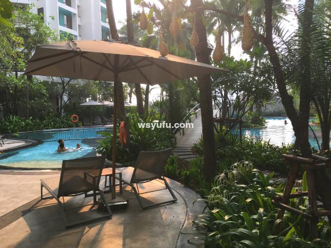 タイ バンコク家族旅行 小学生子連れ プール キッズ用 水深